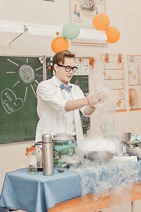 Фото Химическое Шоу на детский Аниматор шоу мыльных пузырей (На Лучший Детский Праздник) + День рождения ребёнка Екатеринбург! Заказать услугу выезд в дет сад / Пригласить домой недорого + Цены Фото и Отзывы на сайте + СКИДКА 5% ЕКБ! Екатеринбург